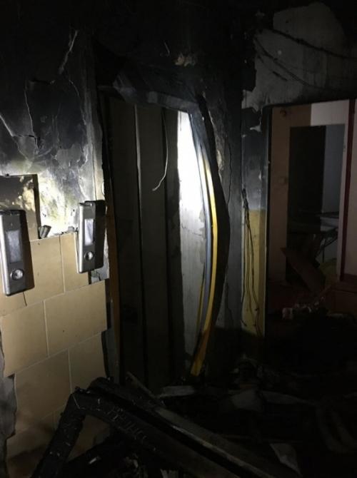 FOTO: Aktuálne zábery priamo z bytovky zasiahnutej výbuchom plynu, foto 11